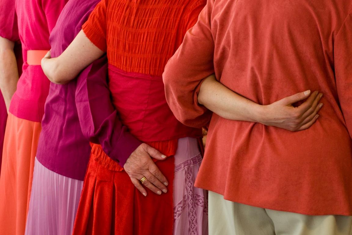 Mädchen ein Heiratsalter von mindestens 18 Jahren und für Jungen von 21.